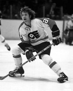 Philadelphia Flyers BOBBY CLARKE Glossy 8x10 Photo NHL Hocke