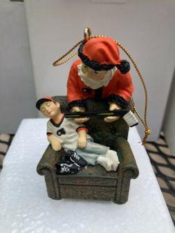 """Philadelphia Flyers NHL 3"""" Santa's Gift Figurine New In Bo"""