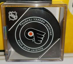 Philadelphia Flyers Official NHL Game Puck w/ Case...Sealed.